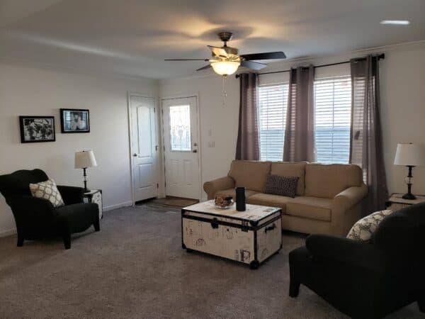 Atlantic ICMA95252 Living Room Vandergrift