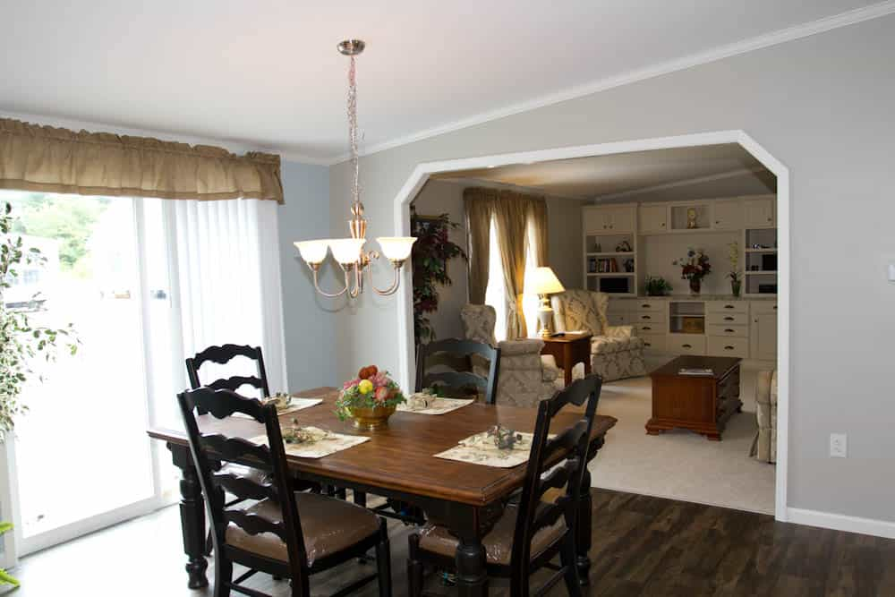Pleasant Valley G3653 Dining Room Prospect