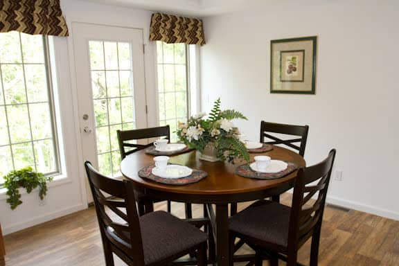 Pennwest Magnifique Dining Room Greensburg