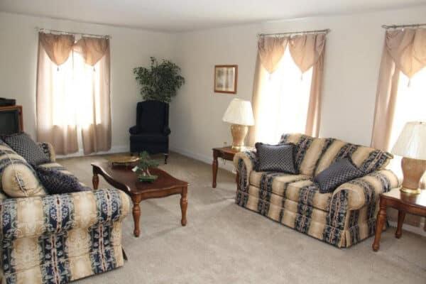 Pleasant Valley Cape Henery Living Room2 Vandergrift