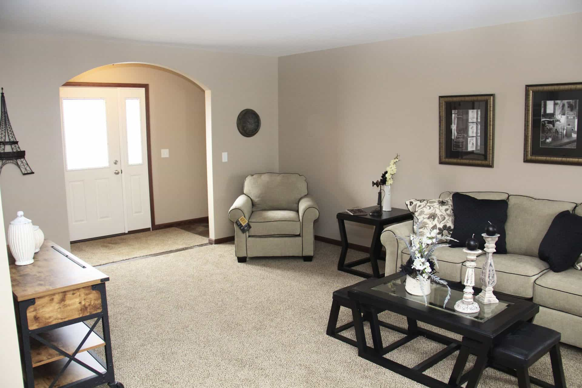 Pennwest Chandler Living Room2 Vandergrift