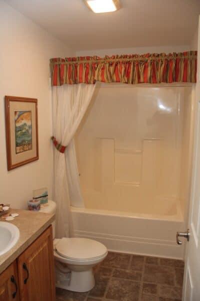 Pleasant Valley Cape Nemacolin Main Bath Carmichaels